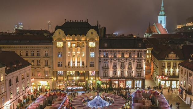 The Danube's Imperial Cities & Yuletide Markets River Cruise