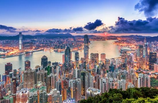 Sunrise view of Hong Kong from Victoria Peak.