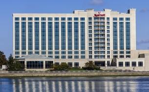 Marriott Indianapolis North Lakedside Hotel II