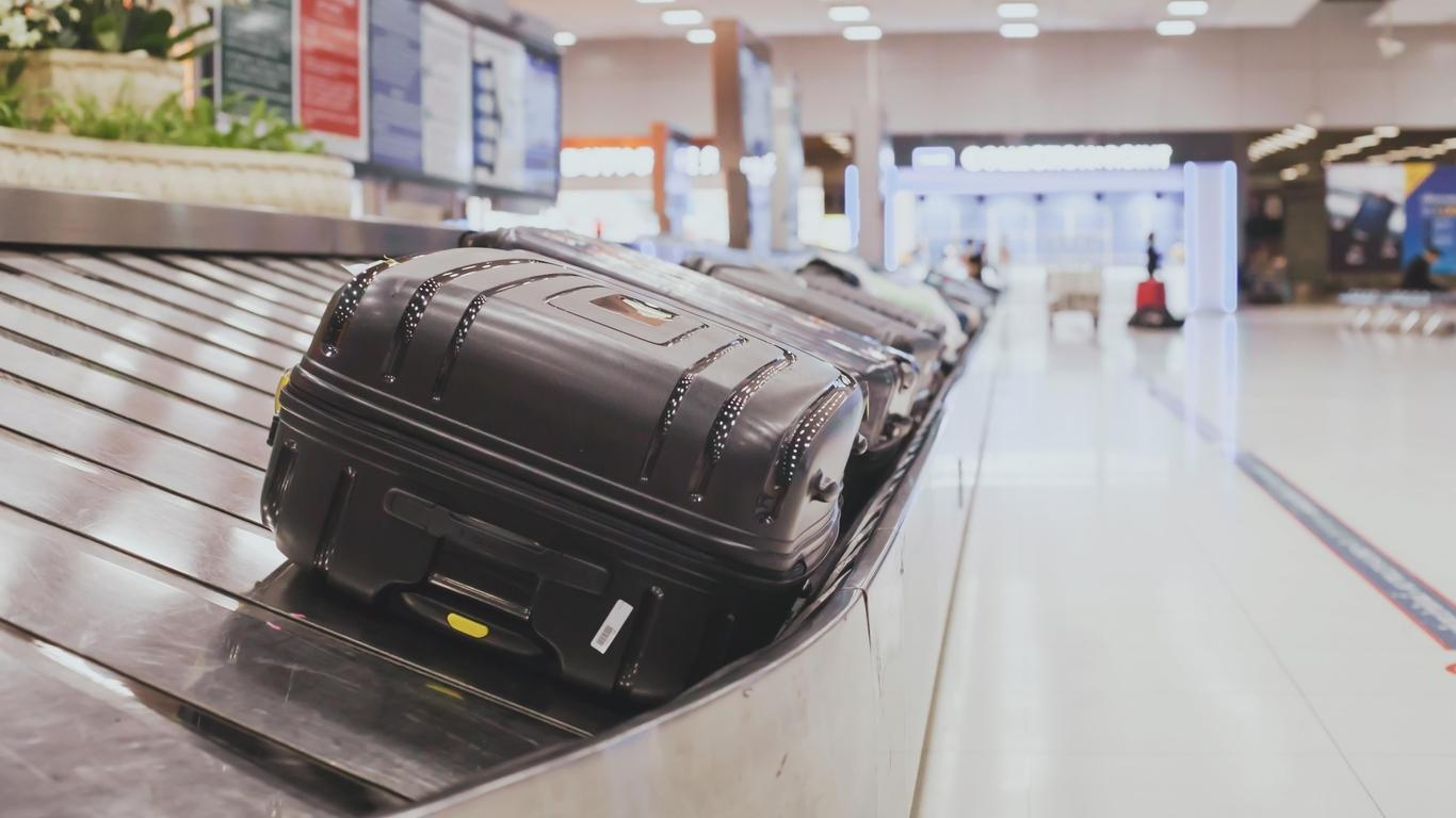 Man's Gun Allegedly Stolen From Airport Baggage Carousel