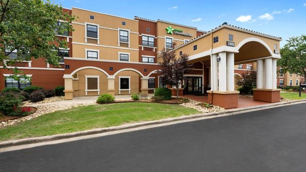 Exterior shot of an Extended Stay America