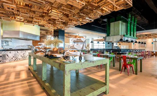 Buffet Marketplace, Melody Maker