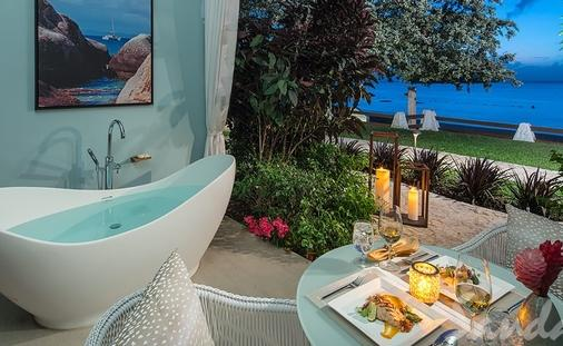 Now From $373 PP/PN: Beachfront Honeymoon Walkout Club Level Room w/ Patio Tranquility Soaking Tub