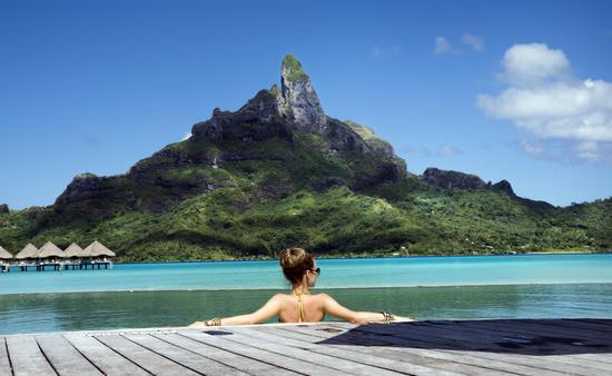 lady in the pool on Bora Bora