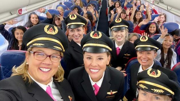 Delta, airlines, flight