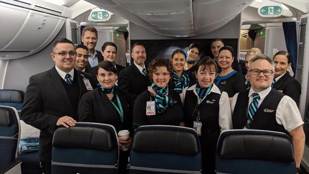 L'équipe de WestJet à bord du Dreamliner