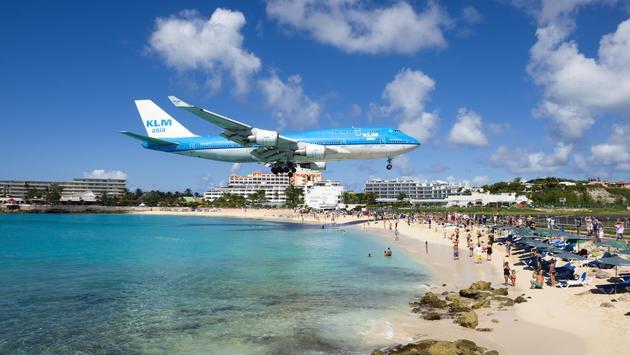 KLM Boeing 747 landing at Princess Juliana International Airport in St Maarten