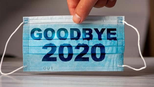 A farewell to 2020, written on a face mask.