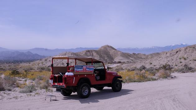 La compañía Aventuras en el Desierto en un Jeep Rojo ofrece divertidos recorridos al aire libre en cómodos vehículos.