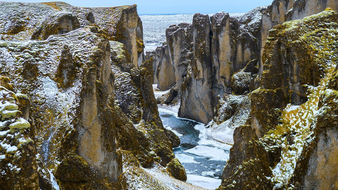 Justin Bieber Blamed for Closure of Iceland Canyon