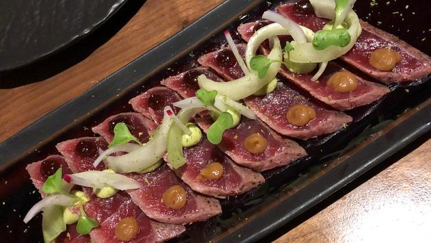 FOTO: Atún servido en el restaurante Kuro, ubicado en el Hard Rock Hotel & Casino. (Foto de Jack Fenning)