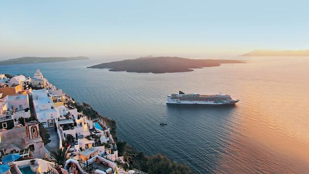 Norwegian Jade will offer port-rich seven-day cruises to the Greek Isles from Athens.
