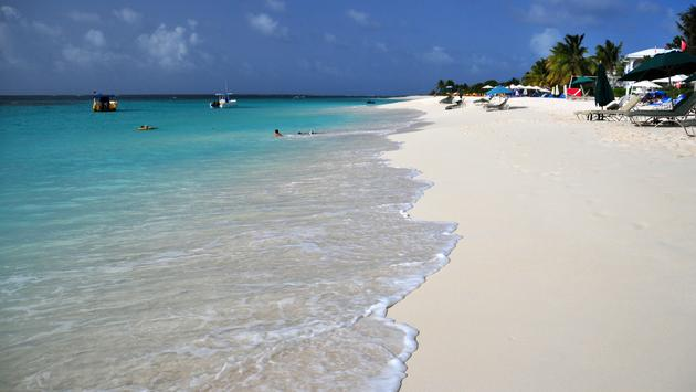 Shoal Bay East Beach, Anguilla