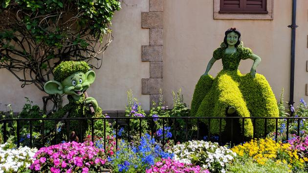 Snow White and Dopey at Epcot's International Flower & Garden Festival 2019