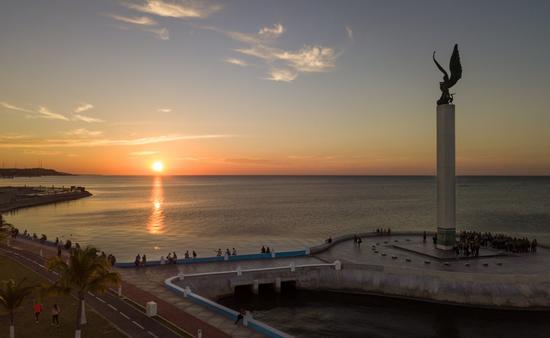 En Campeche los hoteles, restaurantes y centros comerciales pueden abrir al 75 por ciento de su capacidad. (Foto Eme Media)