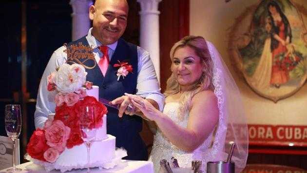 surprise wedding on Carnival Freedom