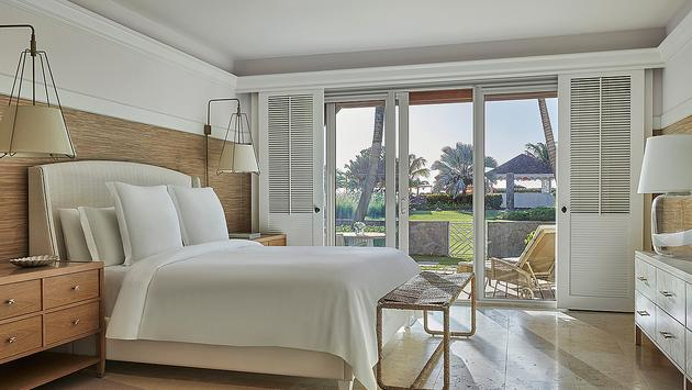 Four Seasons Nevis suite