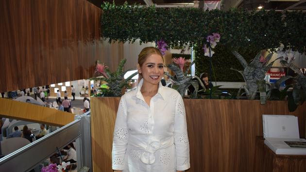 Anita Hernandez, Grupo Xcaret