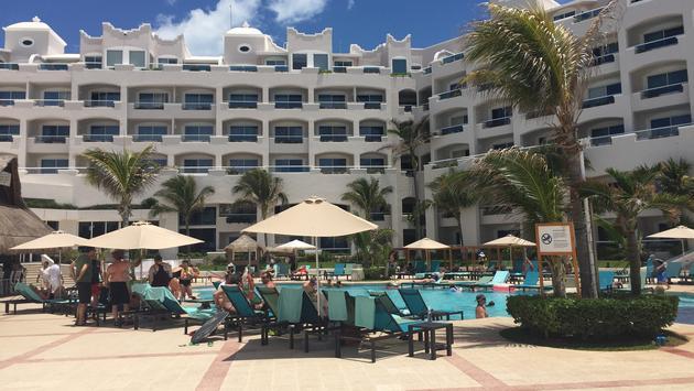 pool area at Panama Jack Cancun