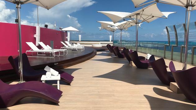 Sky Bar, Temptation Cancun