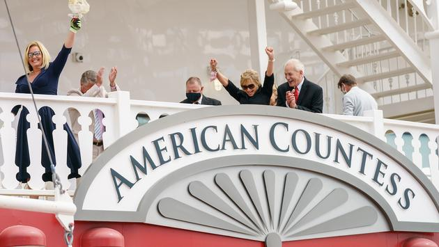 AQSC American Countess christeninga