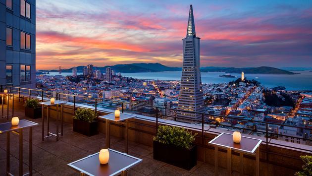 Four Seasons Hotel San Francisco at Embarcadero.