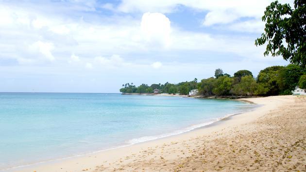 FOTO: La playa Alleynes Bay en Barbados. (Foto de Barbados Tourism Marketing Inc. Blog)