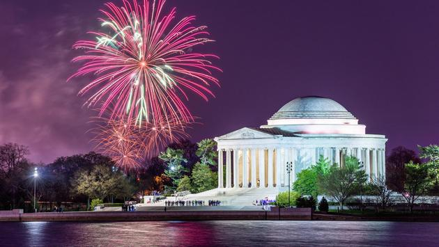 Fireworks over Washington, DC with the Jefferson Memorial in the foreground