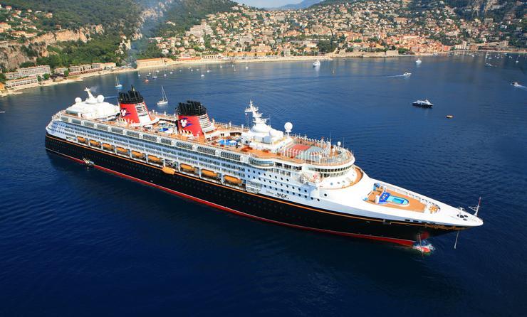 Disney Magic sails to Villefranche, France