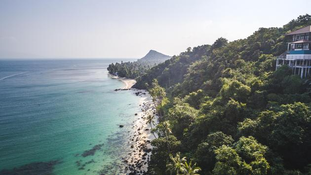 Aerial view of a beautiful beach in Koh Samui, Thailand