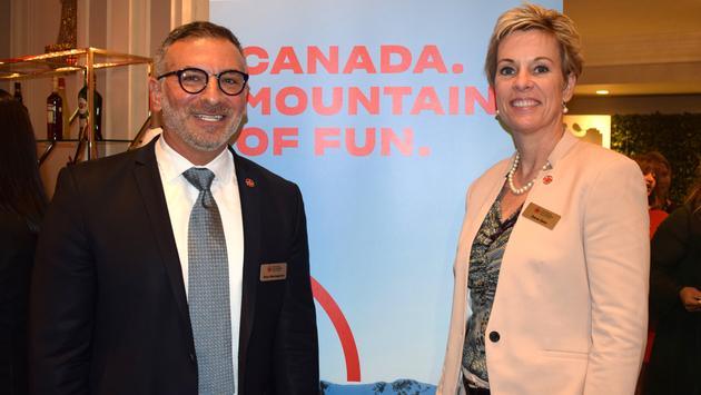 Nino Montagnese et Dana Gain de Vacances Air Canada
