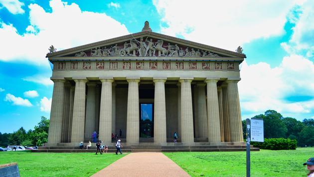 FOTO: El Partenón en el parque Centenario de Nashville. (Foto de Emily Krause)