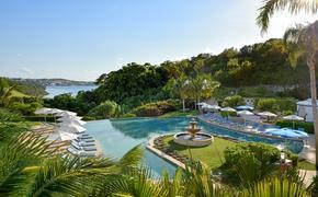 Rosewood Bermuda Palm Court Pool