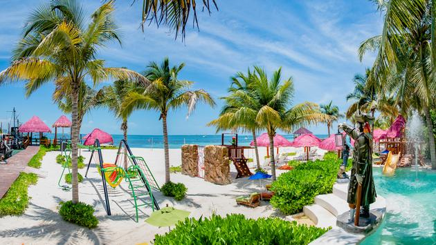 Pirata's Bay beach and pool park at Grand Oasis Palm, Cancun, Mexico.