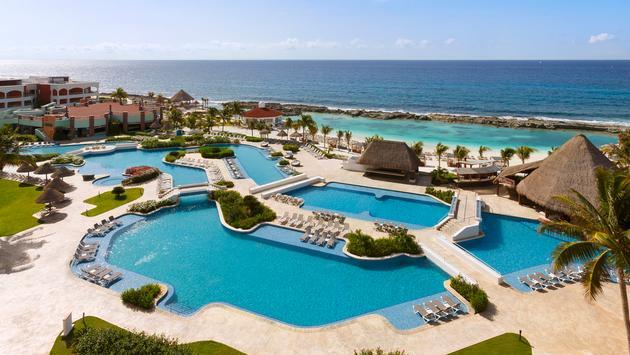 Hacienda Pool, Hard Rock Hotel Riviera Maya