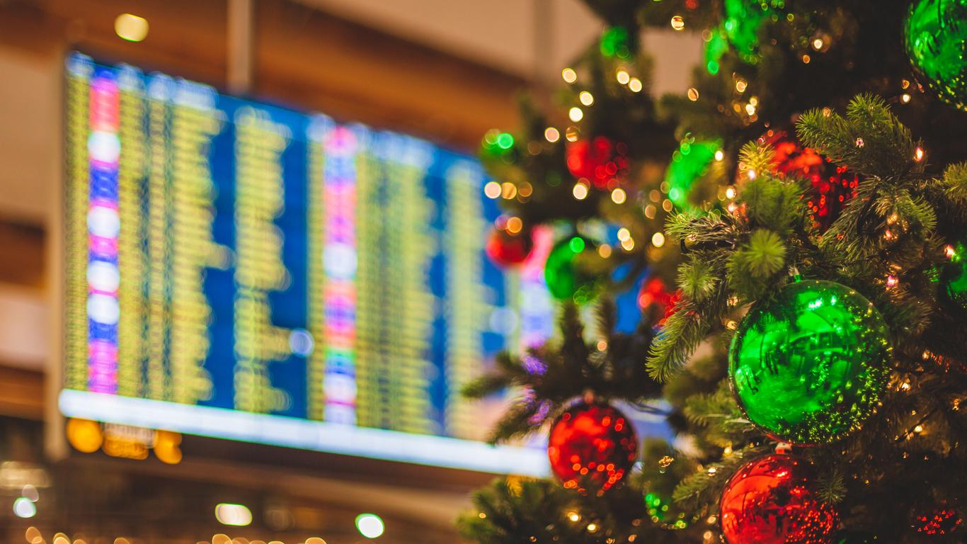 Americans Can Look Forward to Cheaper Flights This Holiday Season