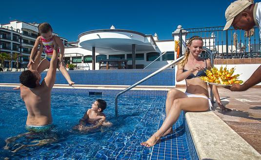 Grand Residences family Pool