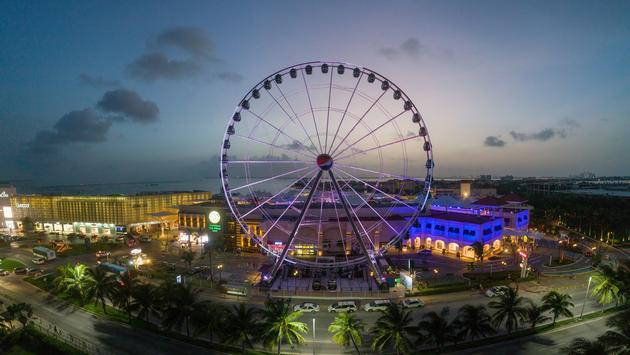 Cancun will have the third largest Ferris wheel in America