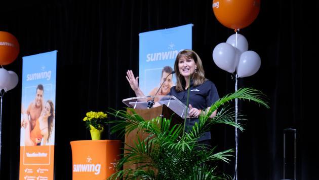 Deana Murphy, Sunwing