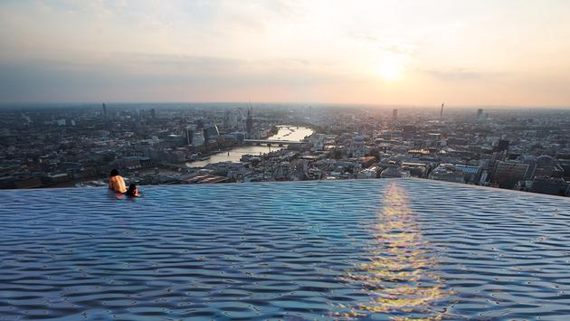 The world's first 360-degree rooftop infinity pool