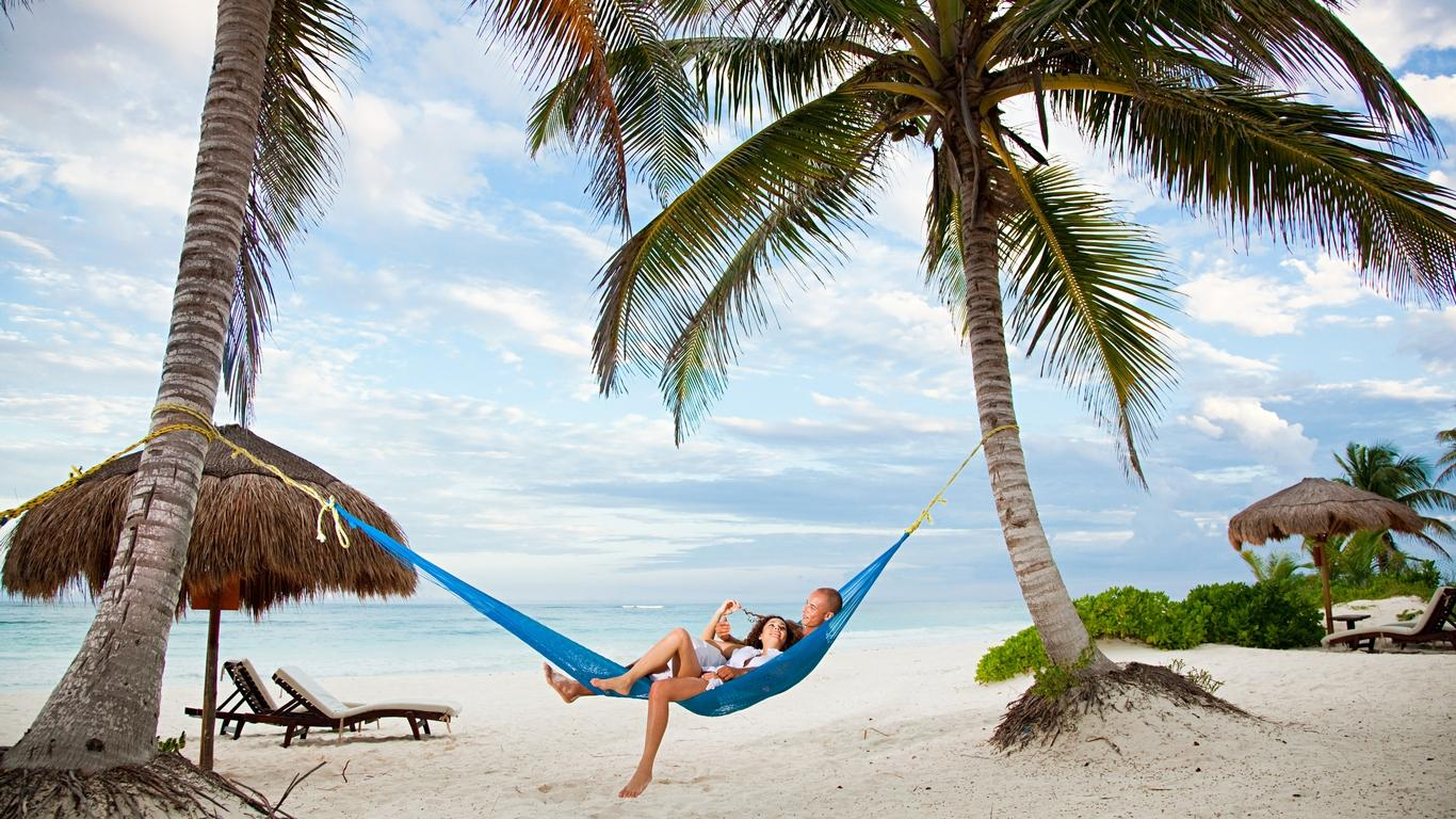 Book Worldwide and Save with United Vacations