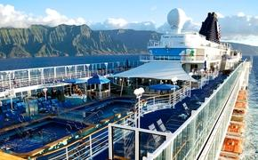 Norwegian Cruise Line's Pride of America off the Na Pali Coast in Hawaii