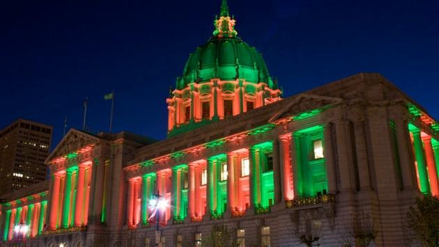 San Francisco City Hall at Christmas