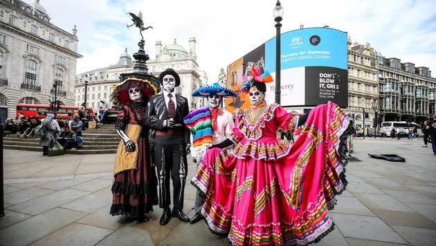 Day of the Dead characters in London