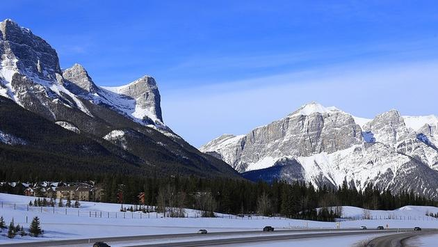 Road and mountains in Canmore, Alberta