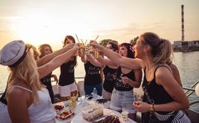 Group of women celebrating a bachelorette party