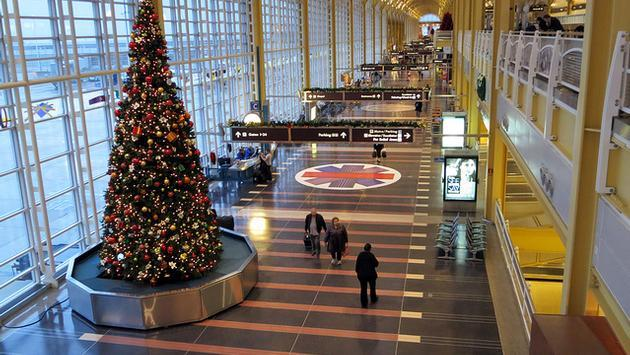 Holiday cheer at Ronald Reagan Washington National Airport
