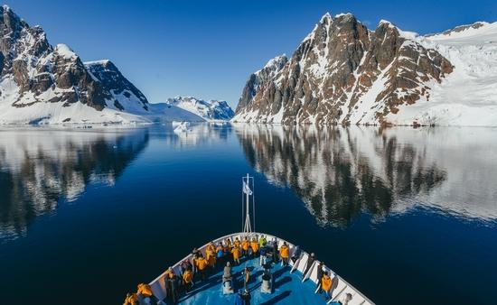 Quark, Expeditions, cruise