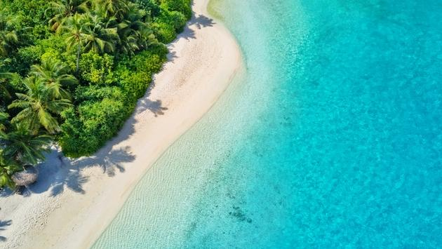 Book 7 Nights and Only Pay for 5: One&Only Reethi Rah, Maldives