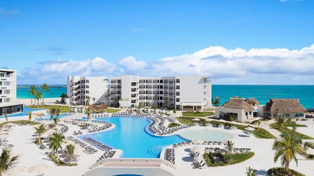 Save up to 68% + Two Kids free in the Riviera Maya